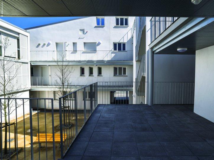 40 logements collectifs narbonne habitat audois architecture r fl chie. Black Bedroom Furniture Sets. Home Design Ideas